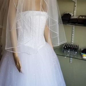 Weddind gown
